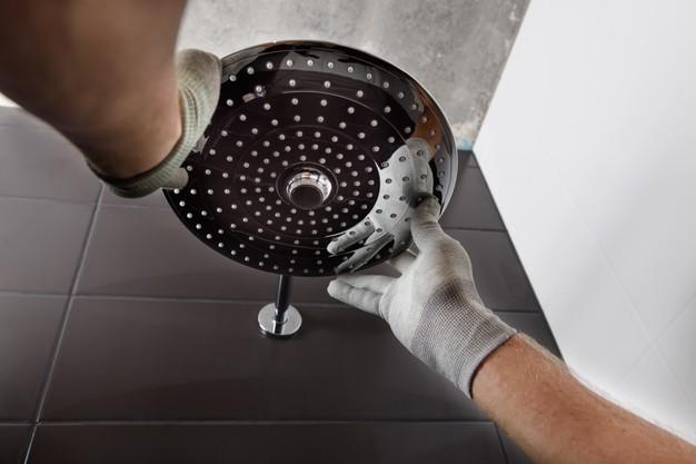 Aprenda a instalar chuveiros com a Lorenzetti